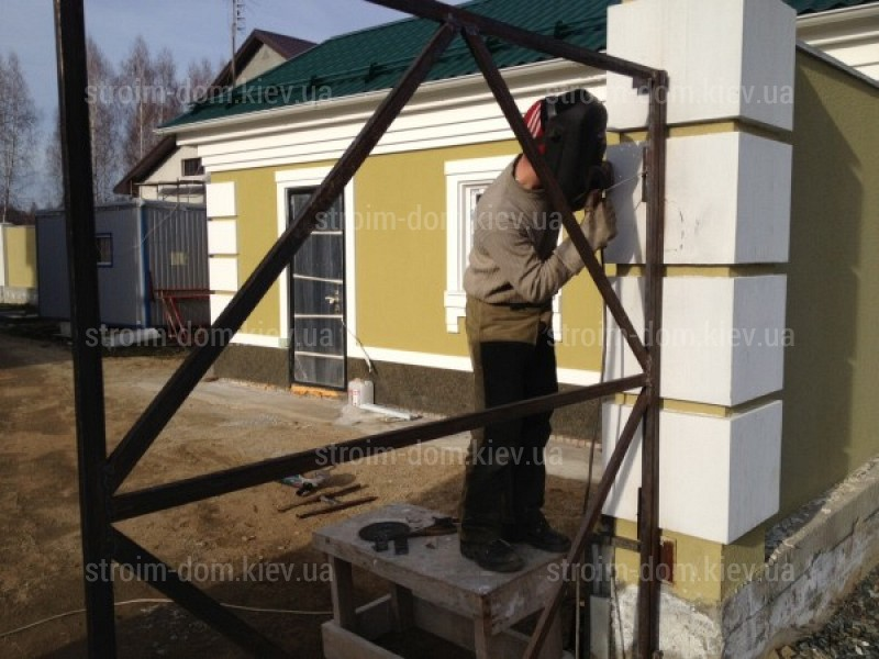 Монтаж ворот металлических цена забор из профнастила цена